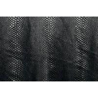 Cobra sort på sort